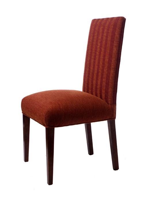 Silla madera hotel y convenciones sillones y sillas for Sillas modernas de madera tapizadas